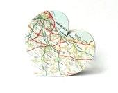 Map Love Heart Travel Themed Personalised Wedding Gift for Her Custom Home Decor Present for Teacher Bon Voyage Traveller Ornament World