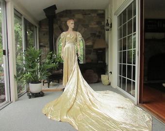 Antique Ivory Satin Silk Wedding Gown, Antique Wedding Dress, Vintage Bride, Silk and Lace Wedding Gown, Vintage Wedding