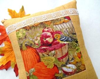 Apple Harvest Birdie Pillow / Autumn Pillow / Fall Bird Pillow / Yellow Bird / Pumpkin Pillow / Golden Yellow / Apple Basket / Autumn Garden