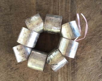 Set of 8 silver plate napkins ring