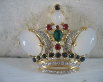 Vintage Crown Trifari Brooch/Pin