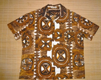 Mens Vintage 60s Hawaii Tribal Tiki Hawaiian Aloha Barkcloth Shirt - L - The Hana Shirt Co