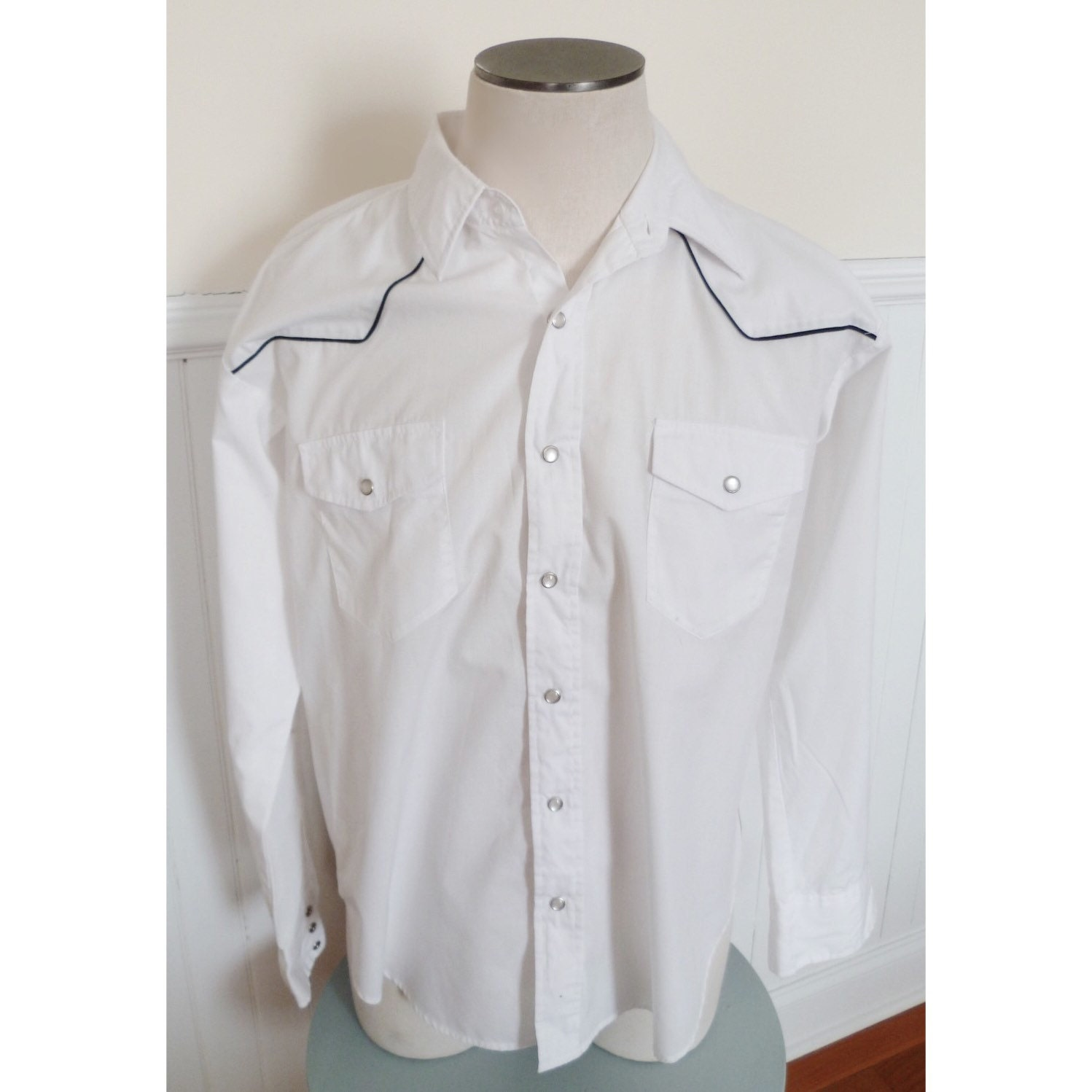 Vintage 70s high noon men 39 s white western shirt xl for Mens shirts with snaps instead of buttons