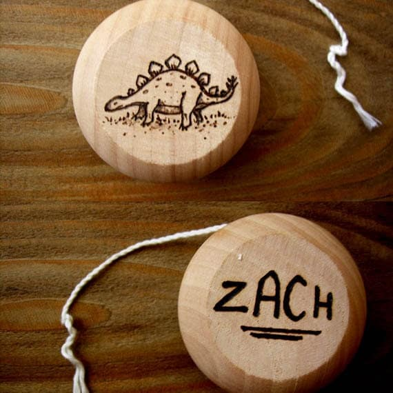 Wooden Yo-Yo Dinosaur Customized Yoyo Personalized Name Birthday Party Favor Wedding 5th Anniversary Christmas Gifts for girls boys Under 20