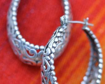 Vintage Sterling Silver Detailed Filigree Dangle Hoop Earrings