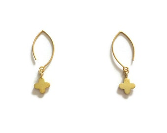 Gold Earrings - Quatrefoil Jewellery - Dangle Jewelry - Fashion - Trendy