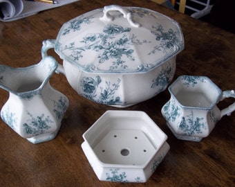 W H Grindley Made In England Toilette Set