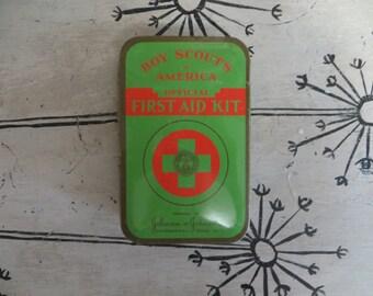 Vintage Boy Scouts First Aid Kit Vintage Tin Green Tin Red Tin First Aid Tin