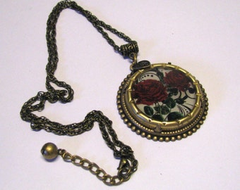 Art Nouveau Victorian Style Red Rose I Love You Pendant, Round Pendant. Red Roses, Antique Brass Red Rose Pendant Necklace