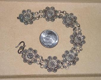 Antique Unsigned Silver Filigree Flower Bracelet Circa 1900 Vintage Jewelry 2030
