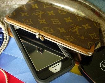 Ultra Rare Vintage LOUIS VUITTON Kisslock Coin Wallet Handbag Accessory Clutch Case LV Adorable