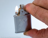 Working 1950s Ronson Princess Chrome Purse Lighter With EZ Fill Base