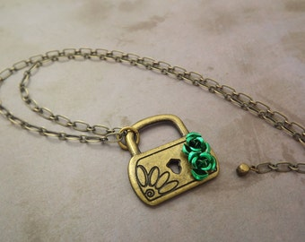 Lock Brass Necklace Green Roses
