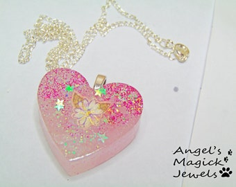 Pretty Pink Daisy Heart Necklace.