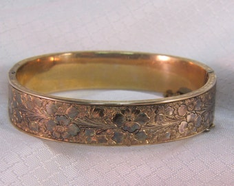 Vintage Dunn Bros Gold Vermeil over Sterling Rolled Floral Design Bangle Bracelet