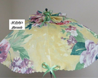 VICTORIAN PARASOL Umbrella in Lovely Floral Fabric with Petal Edges Edwardian Bridal Steampunk Reenactment Sun Shade Beach Umbrella Wedding