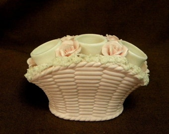 Pink basket lipstick holder with spaghetti trim 1950s style vintage vanity