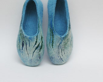 Felted Slippers Women home shoes Sea-grass Navy Blue Handmade slippers Women winter shoes 100% wool Traditional felt Gift for her