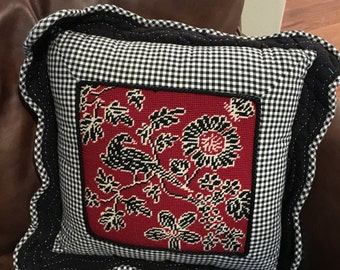 Needlepoint front bird pillow back zipper closure vintage quilted edge
