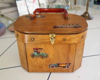Purse, Handbag, Box Wood Purse, Women's Accessory, Train Case, Carry All, Make up Case, Lucite Handle Wood Purse, Bentwood Handcraft Purse