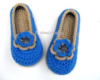Crochet Pattern 143 -  Crochet Slipper Pattern for Womens Slippers With Flower Shoe Pattern Ladies Women Unisex Adult Shoes Boots Slippers