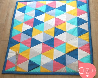 Comfy Baby play mat, Triangles