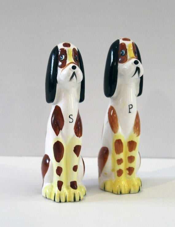 Vintage Hound Dog Salt and Pepper Shakers