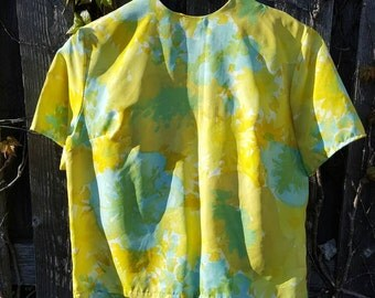 Vintage 1960's Bright Watercolor Button Down Back Short Sleeve Blouse