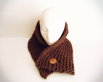 Chunky Button Scarf (Winter Scarf, Hipster Scarf, Neck Warmer, Scarf for Him, Scarf for Her, etc...)