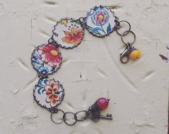 """Tin Jewelry Bracelet """"Last of Summer"""" Tin for the Ten Year Tenth Wedding Anniversary"""
