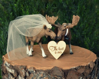 Moose-Alaska-wedding cake topper-Moose lover-Moose hunter-hunting groom-rustic cake topper-moose bride and groom