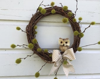 Natural Grapevine Owl Wreath