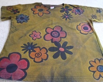LoveMESale! Random flowers floating across the shirt, woman's large discharged and dyed t-shirt, procion dyes, discounted price, read below