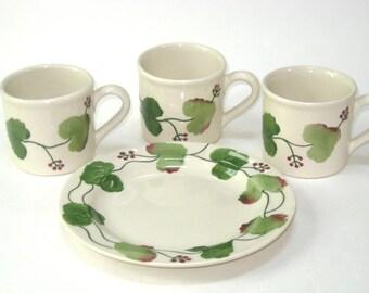 Hartstone Pottery 4 Pc Lot 3 Mugs & Dessert Plate Grapes Grapevine -Vintage 1990 USA