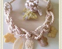 Maxi necklace knot pendants Wedding
