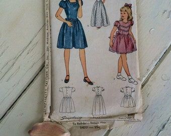 Classic Girls Party Dress Pattern by Simplicity - Antique Year Round Clothing, Formal Wear Printed Paper Clothes Pattern, Size 6 Pattern