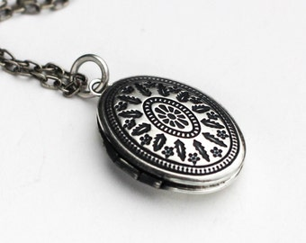 Oval Locket, Lockets For Women, Picture Locket Necklace, Victorian Silver Locket, Photo Locket, Locket, Locket Necklace, Oval Locket