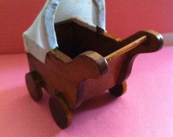 Dollhouse Furniture,Rustic Pram For Dollhouse Nursery