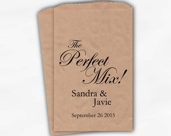 The Perfect Mix Wedding Candy Buffet Treat Bags - Black Personalized Kraft Favor Bags with Names and Date - Custom Kraft Paper Bags (0158)