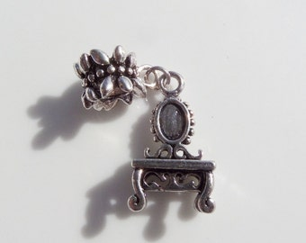 40mm*13mm, Antique Silver Toned Vanity Charm, (Y20)