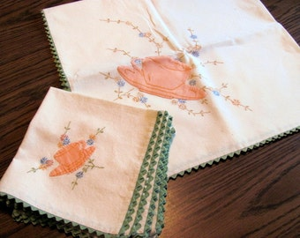 Luncheon Embroidered Tablecloth with 4 Matching Napkins / Embroidered with Appliqued Cup and Saucer Luncheon Tablecloth or Table Topper