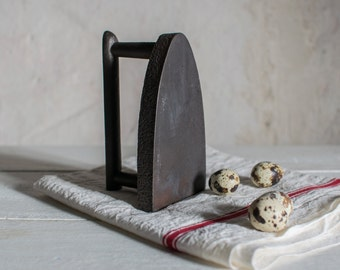 French Sad Iron // Cast Iron Vintage French Country Decor