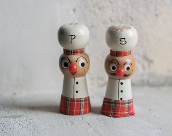 Mid Century Japan Salt & Pepper Shakers  // Tartan Chefs