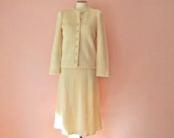 Ivory Knit Skirt  Suit. Sweater Jacket. A line Skirt. Castleberry. Modern Size Small Medium - VDS174