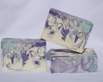 Sparklin Snowflakes Scented Hand Made Cold Process Soap, Best Seller, Artisan Soap, 1 Bar of Soap