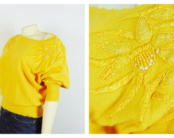 Vintage Sweater 80s Sweater Suzelle Bright Yellow Floral Applique Oversized Sweater Size L Modern M - L