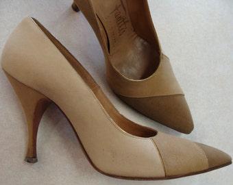 50's 60's PALTER DELISO DEBS nubuck leather tan beige kitten heels 6 A