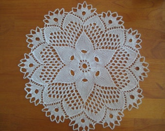 """Hand-knit White Star Lace Cotton Doily 11"""""""