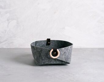 Small felt bin with peach handles, desk organizer, jewelry storage