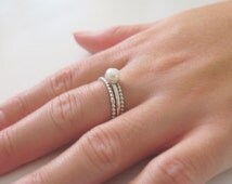 Sterling Silver Ring, Silver Beaded Ring, Thin Silver Ring, Delicate Pearl Ring Set, Freshwater Pearl Ring, Stackable Pearl Ring Simple Ring